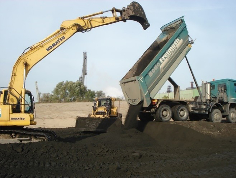 case study backfilling former hamburg harbour metha material // cs_backfilling-former-hamburg-harbour-metha-material.jpg (310 K)